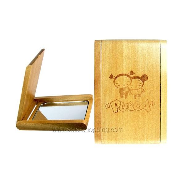 Miroir en bois avec d cor japonais pucca for Miroir japonais