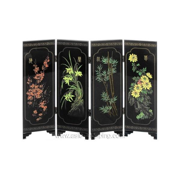 petit paravent chinois laqu noir avec d cor de fleurs des quatre saisons. Black Bedroom Furniture Sets. Home Design Ideas