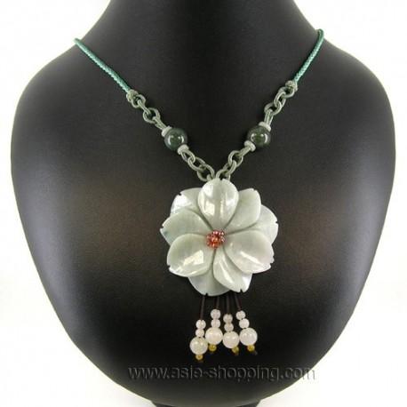 Collier fleur de jade