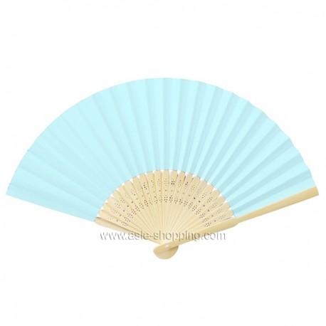 Éventail en papier bleu pâle
