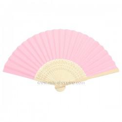 Éventail en papier rose pâle